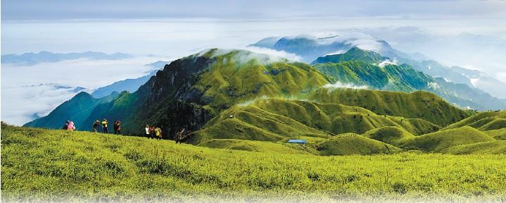 武功山仙境般的风光为「福山」之意增添了梦幻色彩