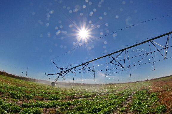 北发展农业高效节水灌溉