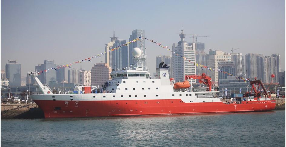 """我国新一代海洋综合科考船""""科学""""号在完成2016年热带西太平洋综合"""