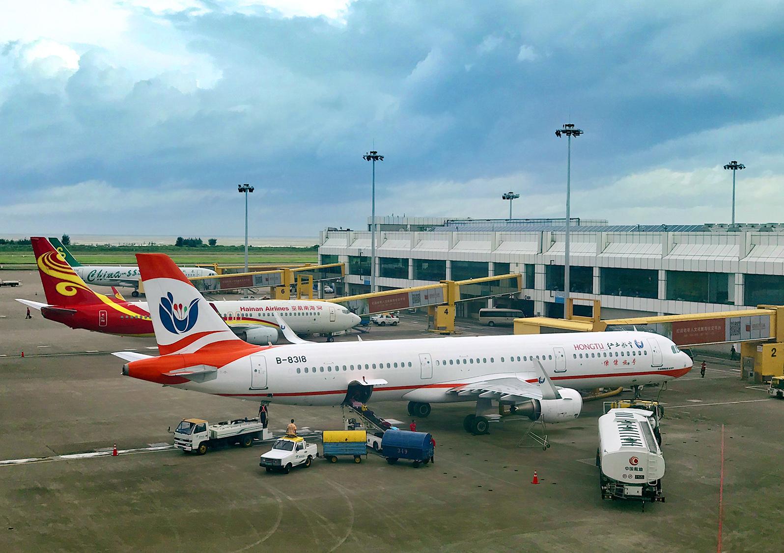 据了解,此次红土航空公司新开通的a67116/5珠海至南昌航班