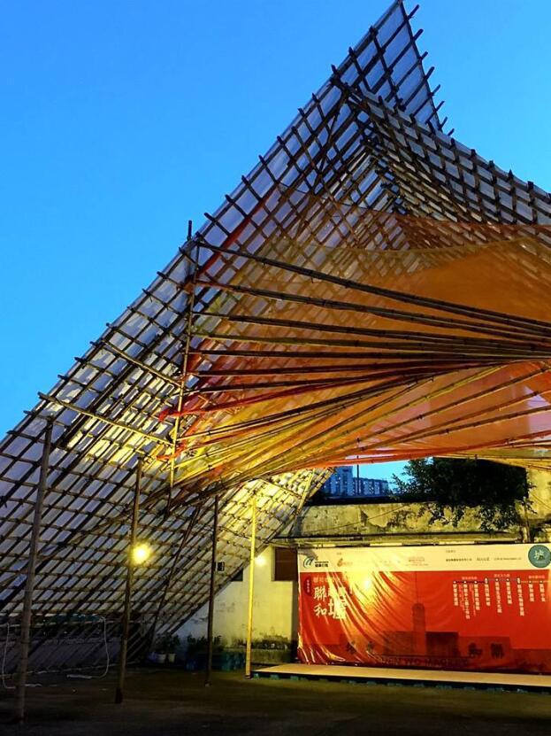 「人」字形竹棚糅合搭棚工艺和现代建筑设计.实习记者 黄显诗摄图片
