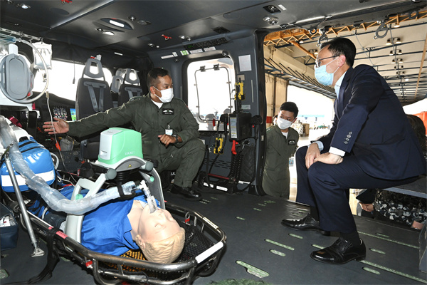 聶德權到訪政府飛行服務隊 勉勵續堅守崗位
